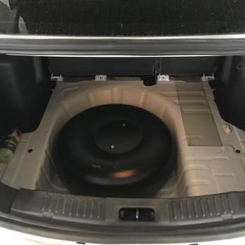Тороидальный баллон объемом 54 литра и заправочное устройство