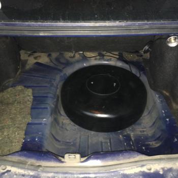 Тороидальный баллон объемом 42 литра и заправочное устройство